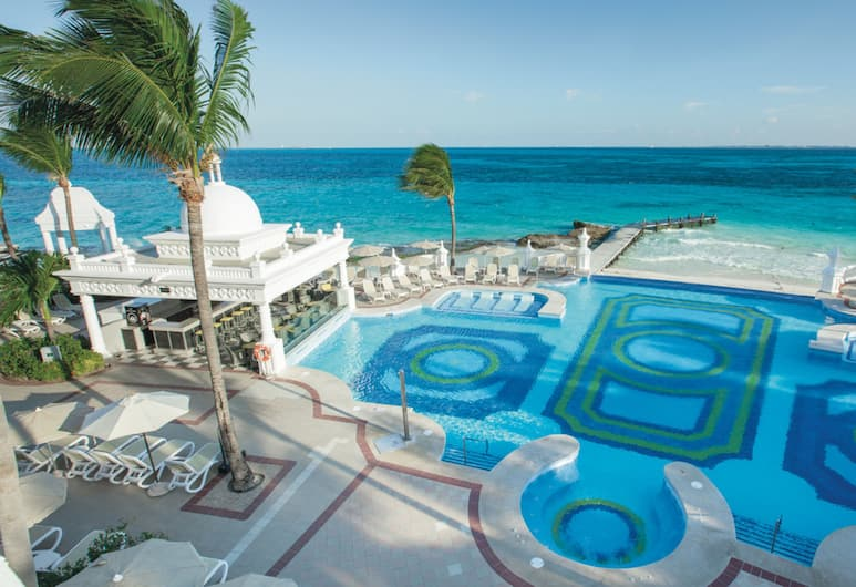 Riu Palace Las Americas All Inclusive - Adults Only, Cancún, Alberca infinita