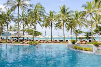 A(z) Katathani Phuket Beach Resort hotel fényképe itt: Karon