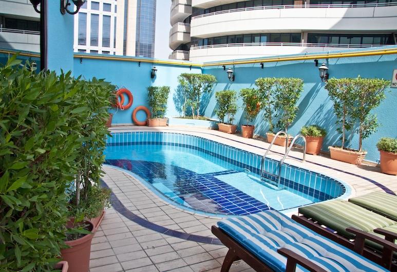 Regal Plaza Hotel, Dubai, Pool