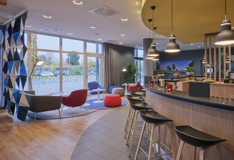 Holiday Inn Express Düsseldorf City North, Düsseldorf, Hotel Bar