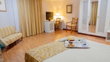 Book this Parking available Hotel in Jerez de la Frontera