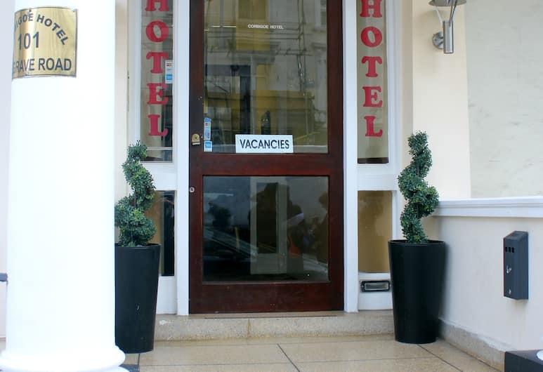 Corbigoe Hotel, London, Hotellets front