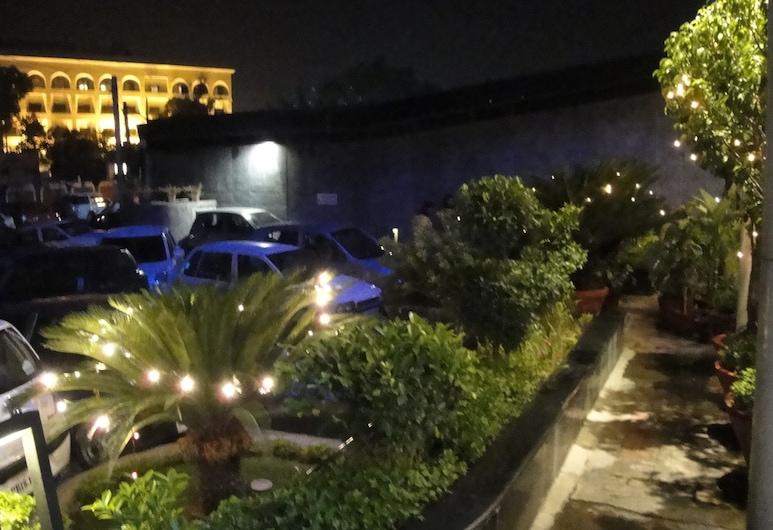 瑪雅飯店, Jalandhar, 飯店正面