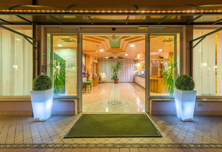 Hotel Palladio, Mestre, Hall