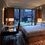 Grand Deluxe Room - Course View - Guest Room