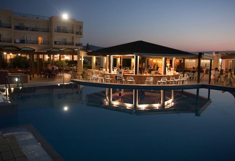 Astir Beach Hotel, Γούβες