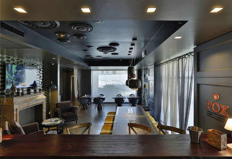Elite Hotel Residence, Mestre, Bar de l'hôtel