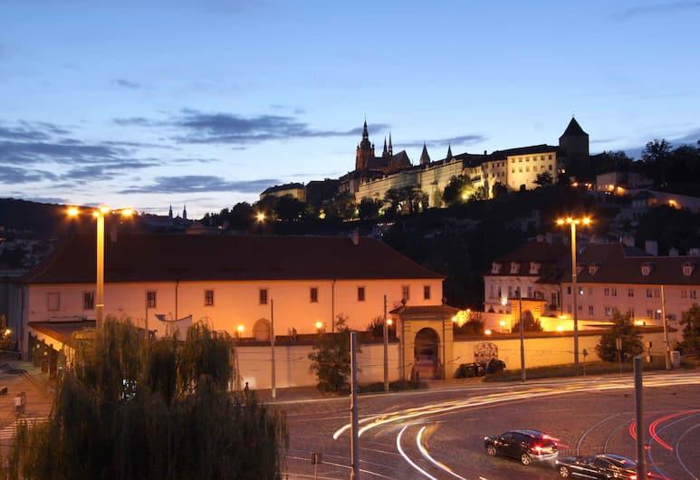Hotel Trinidad Prague Castle, Praha, Vaizdas į gatvę