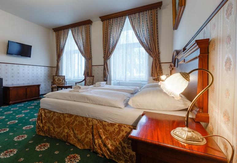 Hotel Klarinn, Prag, Deluxe trippelrum, Gästrum