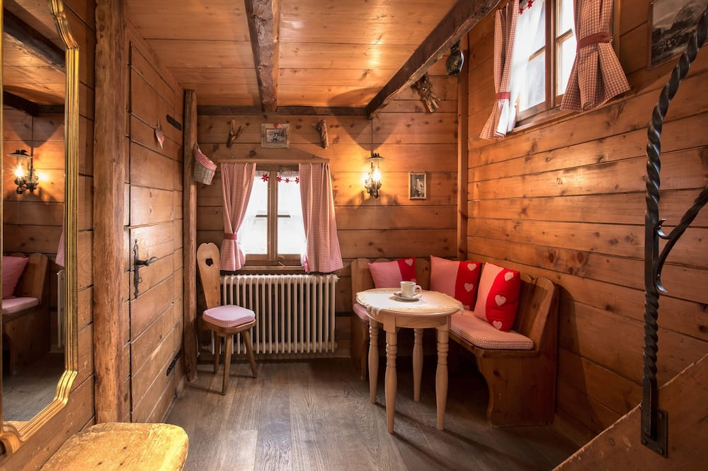 Traditional Cottage, Annex Building (Stadel - low ceiling 1,80m) - Living Area