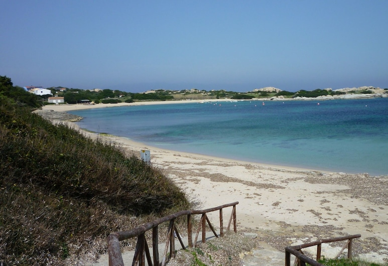 Hotel L'Ancora, Santa Teresa di Gallura, Beach