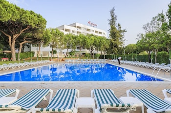 Picture of Alpinus Hotel in Albufeira