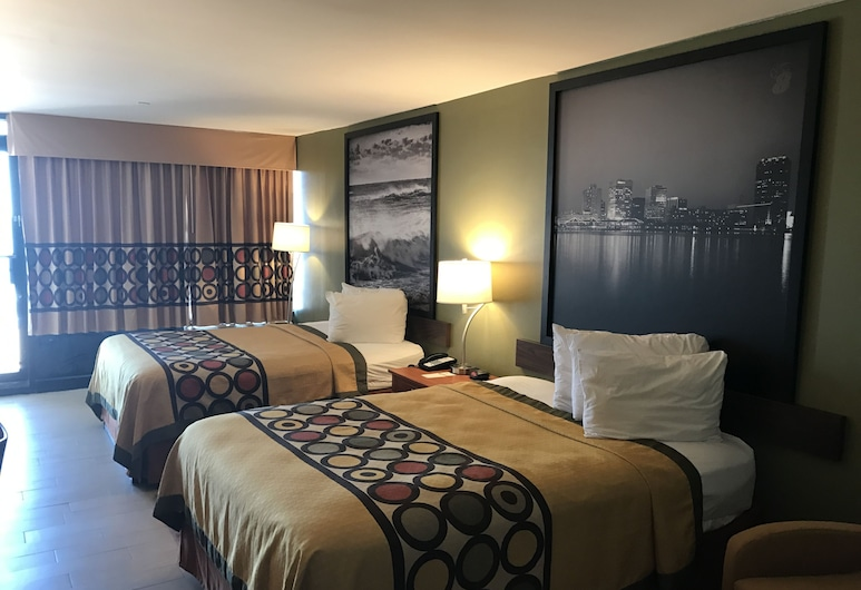 Super 8 by Wyndham Virginia Beach Oceanfront, Virginia Beach, Room, 2 Queen Beds, Non Smoking, Ocean View, Guest Room