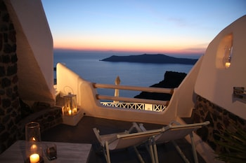 Picture of Hotel Sunny Villas in Santorini