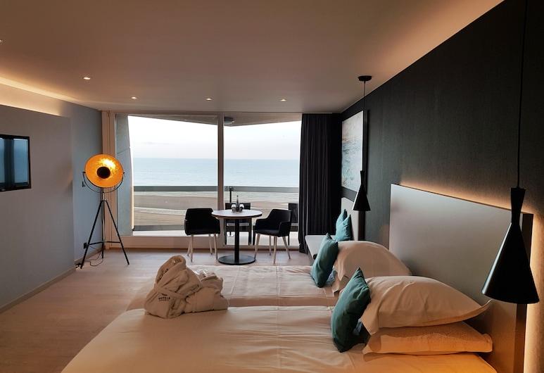 Andromeda Hotel, Ostend, Junior Suite, 2 Queen Beds, Sea View, Guest Room