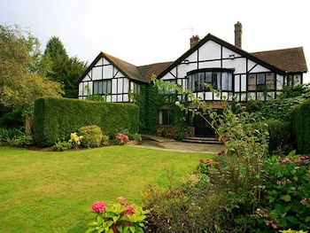 Picture of Cisswood House Hotel in Horsham