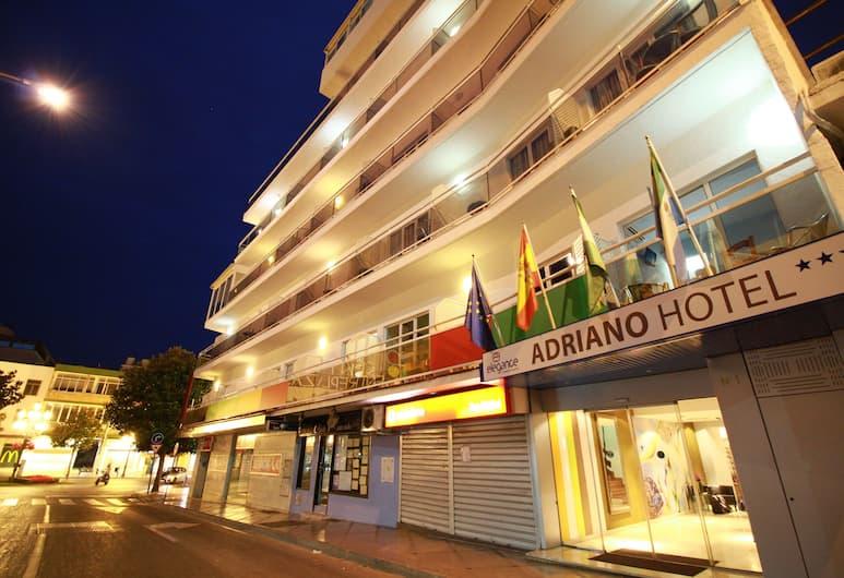 Hotel Elegance Adriano, Torremolinos, Ingang van hotel