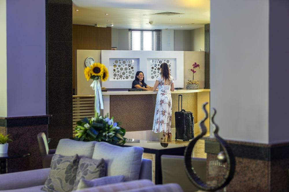 Pavlo Napa Beach Hotel Ayia Reception