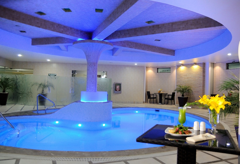 Suites Camino Real, Λα Παζ, Εσωτερική πισίνα