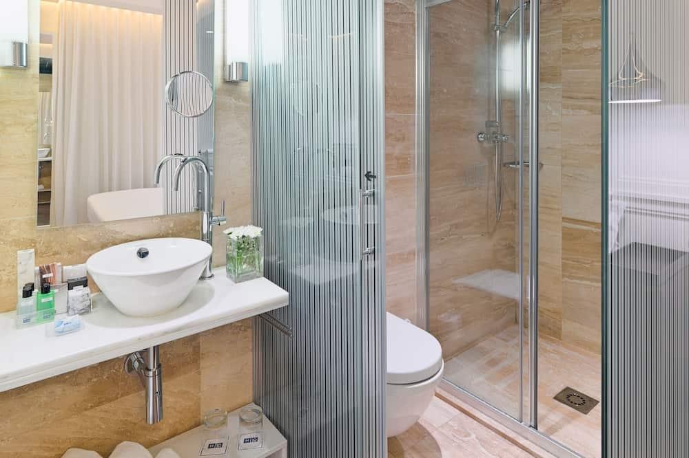 Basic egyágyas szoba, 1 egyszemélyes ágy - Fürdőszoba