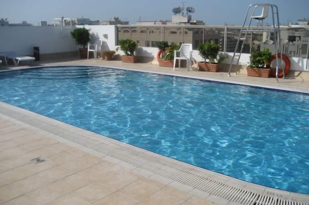 Στούντιο - Εξωτερική πισίνα