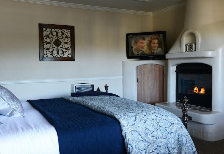 Coachman's Inn, A Four Sisters Inn, כרמל