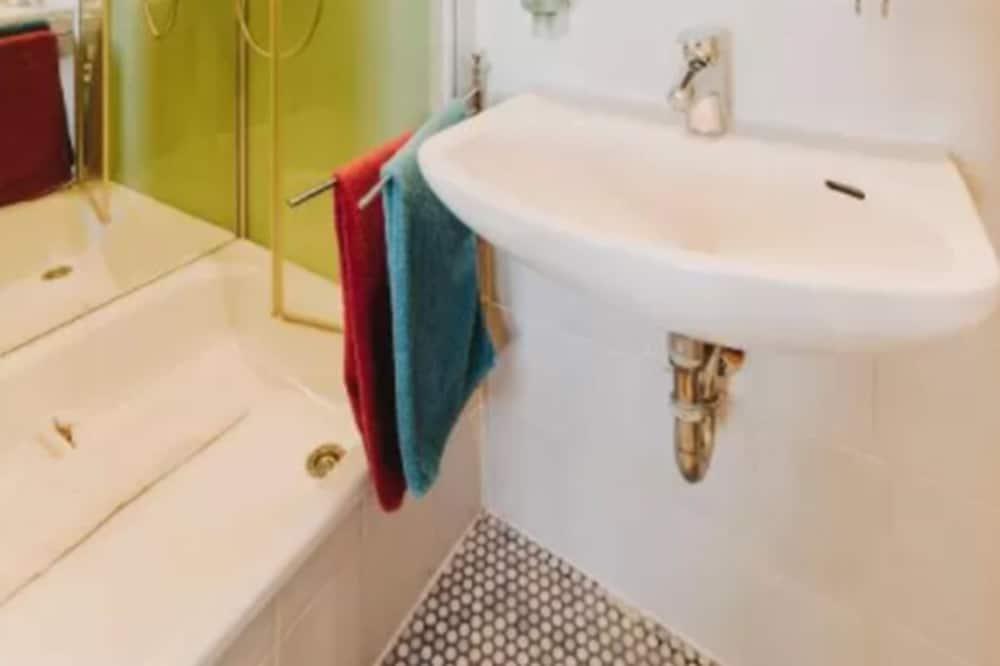 Double Room - Cuarto de baño