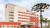 Choose This Business Hotel in Sao Jose dos Pinhais -  - Online Room Reservations