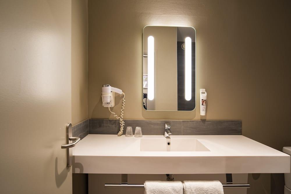 Štandardná izba, 1 jednolôžko - Kúpeľňa