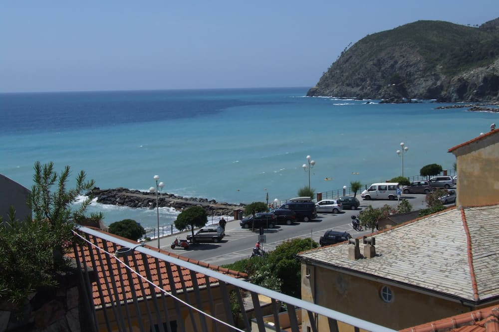 Superior Double Room, 1 Double Bed, Sea View - Guest Room