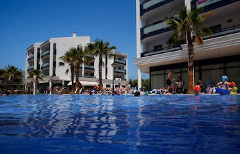 Picture of Pins Platja Apartments in Cambrils