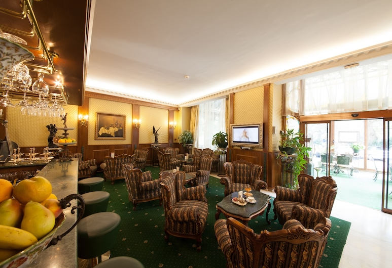 Grand Hotel London, Varna, Lobi