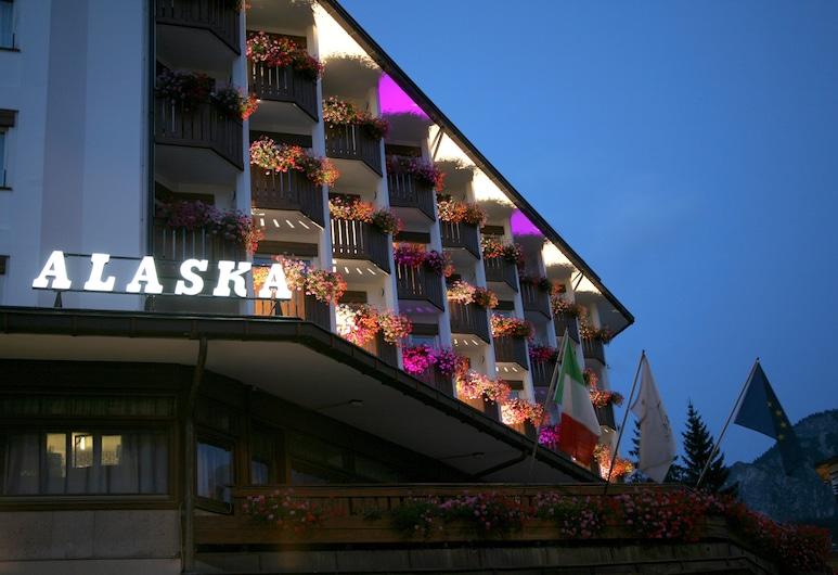 Hotel Alaska Cortina, Cortina d'Ampezzo, Terrace/Patio