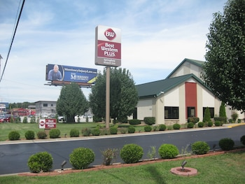 Picture of Best Western Plus Springfield Airport Inn in Springfield