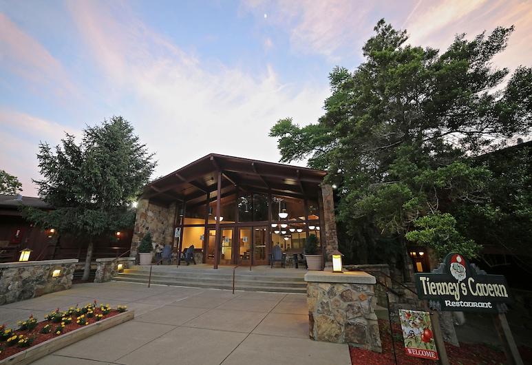 Carter Caves State Resort Park, Olive Hill, Pohľad na hotel