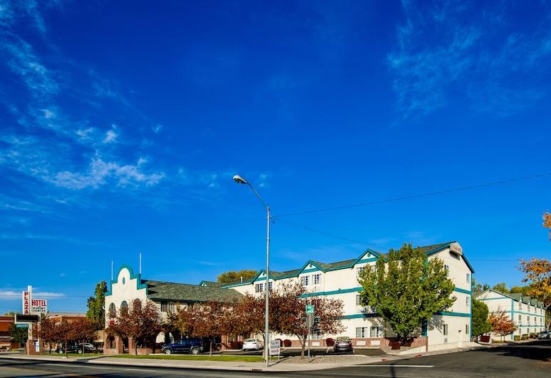 Carson City Plaza Hotel and Event Center, Carson City, Hotel Front
