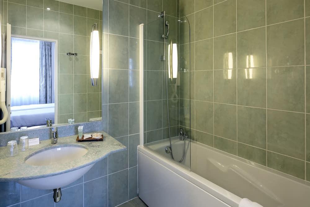 Classic-Zimmer, 1 Doppelbett, Nichtraucher - Badezimmer