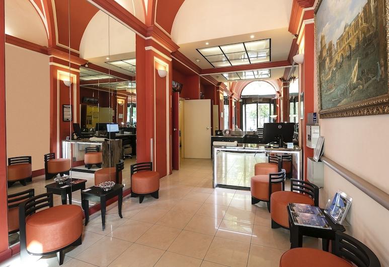 貝斯特韋斯特阿爾芭飯店, 尼斯, 櫃台