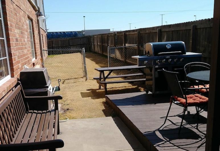 Candlewood Suites Tulsa, Talsa, Terasa / vidinis kiemas