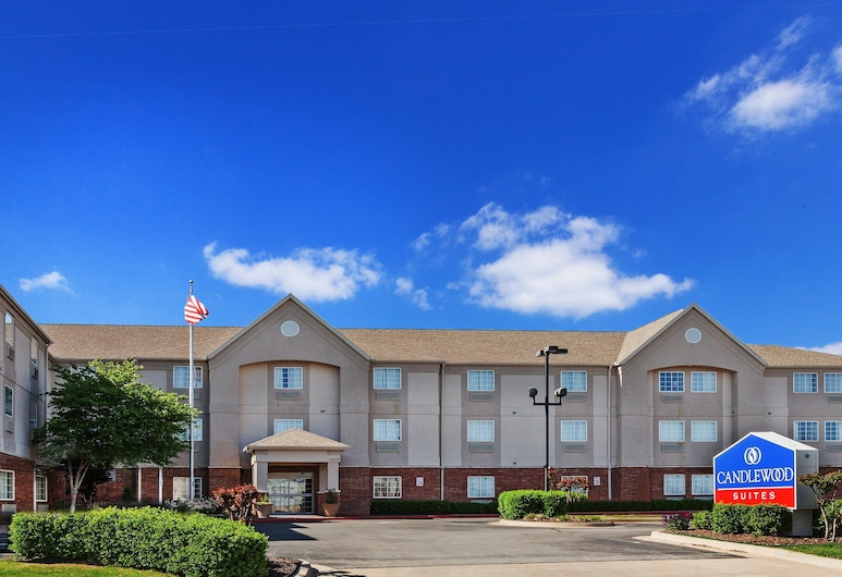 Candlewood Suites Tulsa, Tulsa
