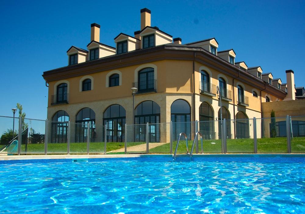 Fontecruz avila vila espa a hoteles en vila for Hoteles en avila con piscina