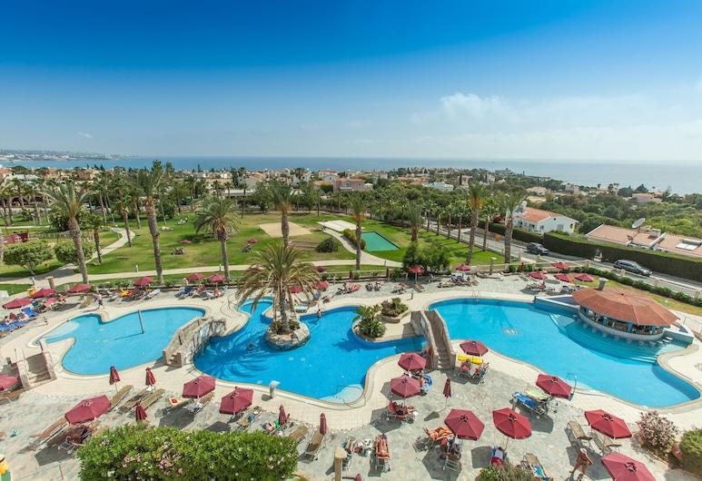 Crown Resorts Horizon Hotel, Pegeia, Viešbučio teritorija