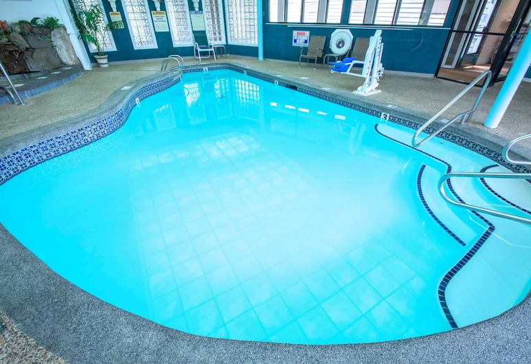 Anchorage Inns And Suites, Portsmouth, Pool