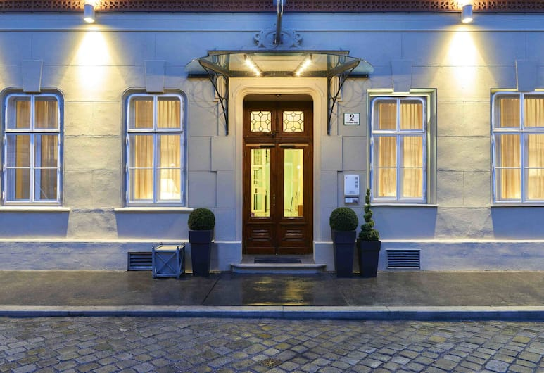 HiLight Suites Hotel, Viena, Entrada do hotel