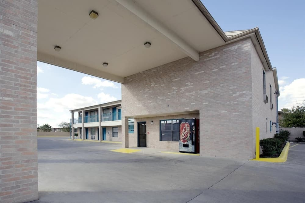 Americas Best Value Inn San Antonio Lackland AFB