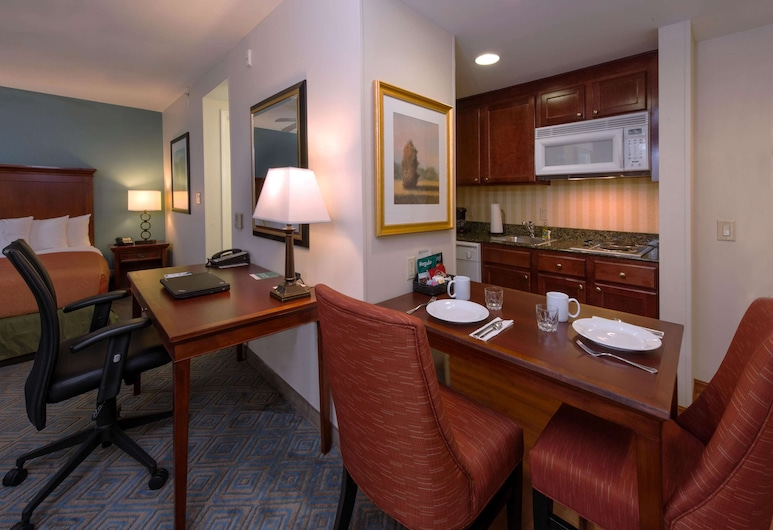 Homewood Suites by Hilton Knoxville West at Turkey Creek, Knoxville, Studio Suite, 1 Queen Bed, Living Area