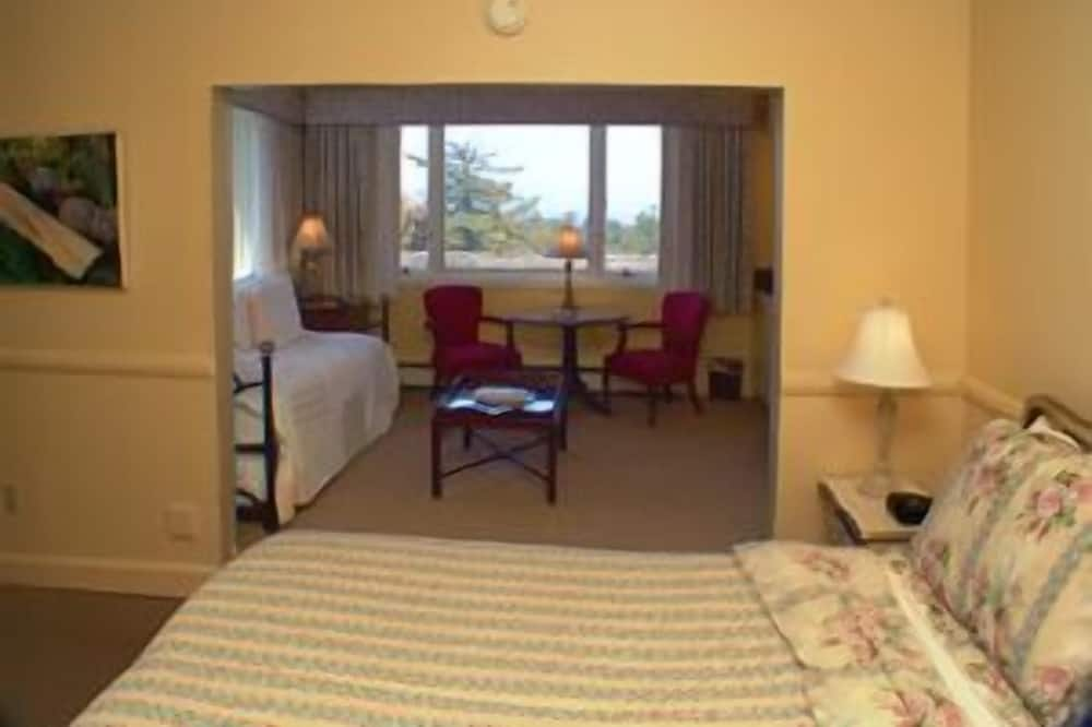 King Room with Ocean View (Max 2 people) (2nd Floor) - Living Area