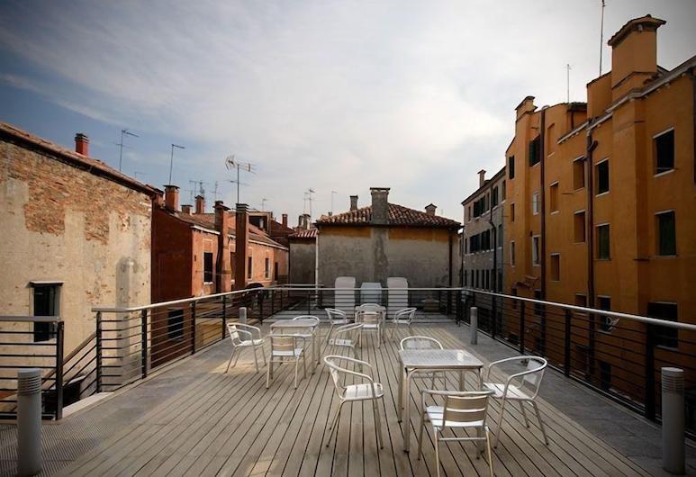 Ca' Pozzo Inn, Venedig, Terrasse/Patio