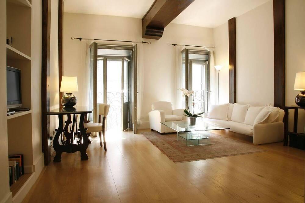 Suite - Camera