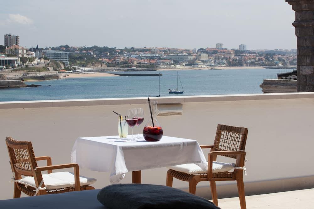 Grand Deluxe Sea View - Svalir